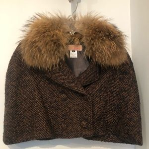 Jackets & Blazers - Brown and black tweed cape with fur collar